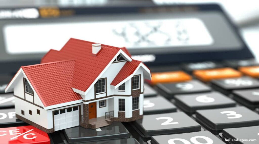 WHY INVESTING IN REAL ESTATE IS A SMART CHOICE